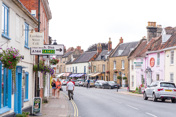 Photograph of Bungay High Street shopping area